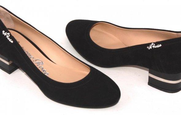 Черные замшевые женские туфли